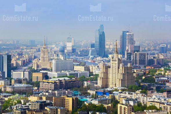 Завершена реконструкция шпиля здания Министерства ...: http://comestate.ru/news/shpil_zdaniya_mid_vosstanovlen